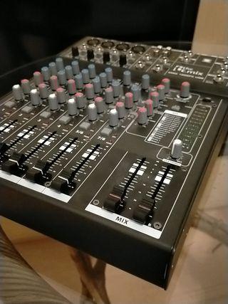 Mesa de mezclas The t.mix 1002FX usb