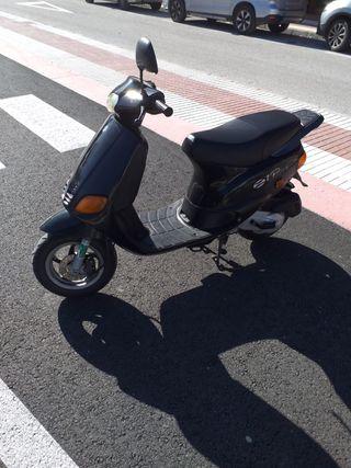 PIAGGIO ZIP 49 cc