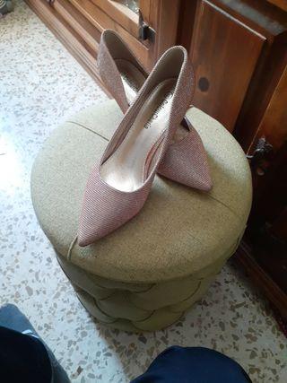 zapato medio tacon