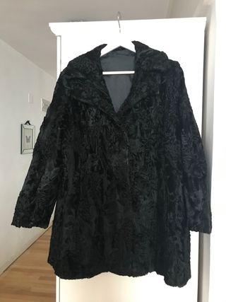 Abrigo auténtico de astracán