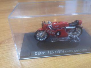 maqueta de moto 125