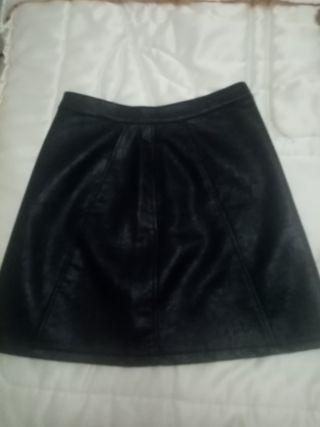 Falda Negra Piel