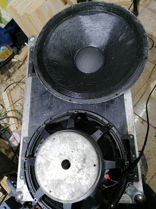 altavoces 15 pulgadas electro voice