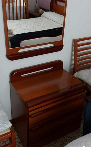 OPORTUNIDAD Espejo + Mueble cajones