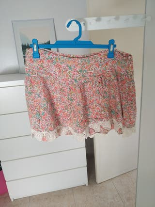 Falda de flores Zara