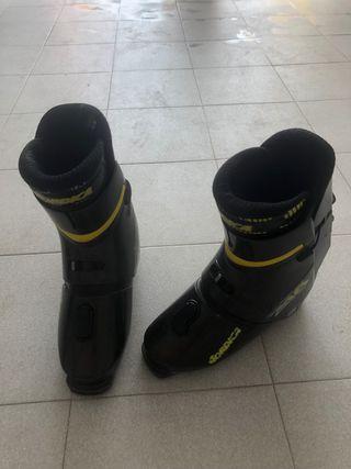 Botas esquí marca Nórdica