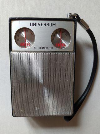 Antigua Radio transistor Universum All transistor