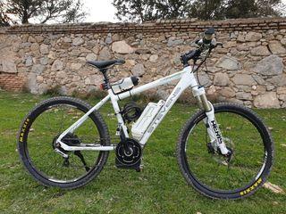 E bike Stevens E Carpo Bosch. Bicicleta eléctrica