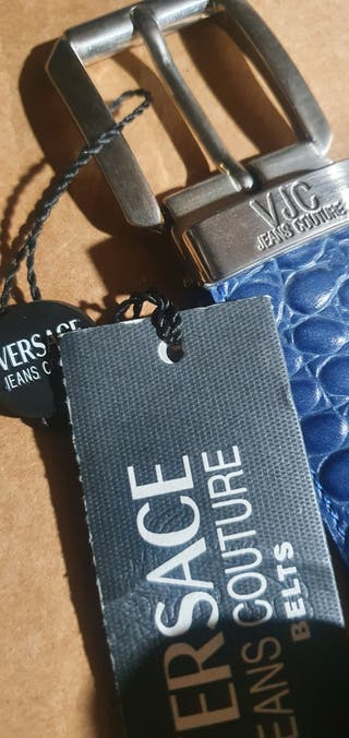 Cinturon original de boutic VERSACE.