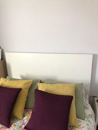 Cabecero de Ikea Malm blanco