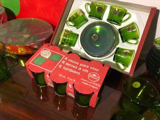 Vajilla a estrenar Duralex verde 1970