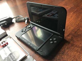 Nintendo 3DS XL en perfecto estado AZUL y 2 JUEGOS