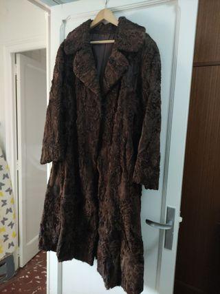 Abrigo piel astracán marrón