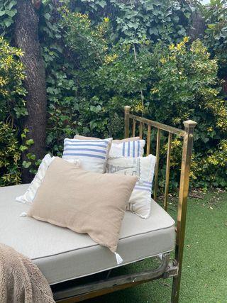 Cama o sofá perfecto para el jardín o salón