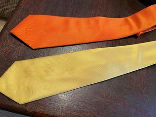 variedad de corbatas firmas
