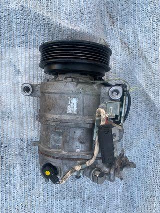Compresor aire acondicionado Mercedes-benz.