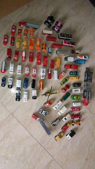 vendo estos 80 vehículos varios