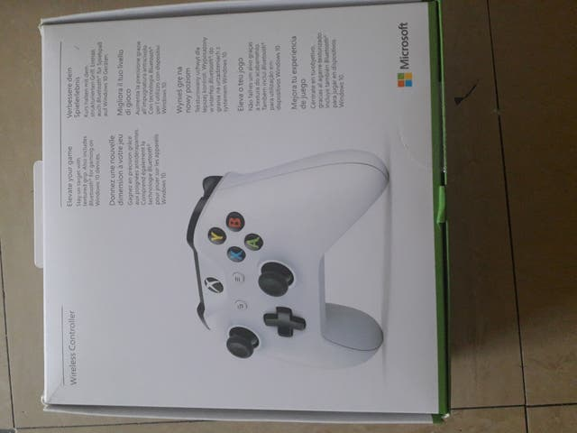 BRAND NEW XBOX ONE CONTROLER