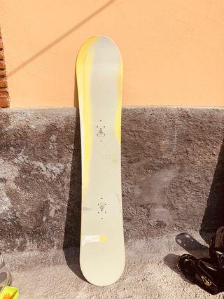 Tabla snowboard BURTON CLASH accesorios