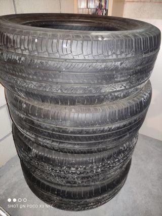 4 neumáticos Michelin latitude 235/65 R17