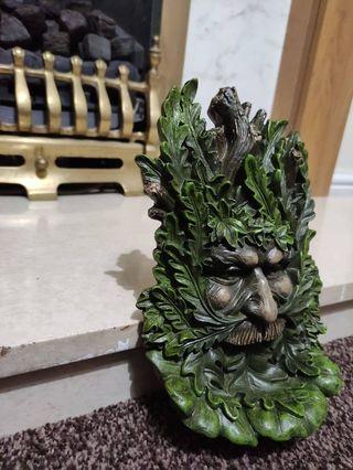 Wise Oak 23.7cm