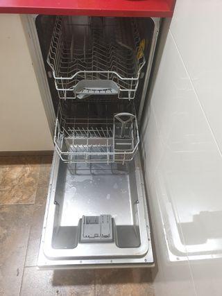lavaplatos pequeño Balay