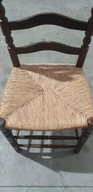 sillas rústicas