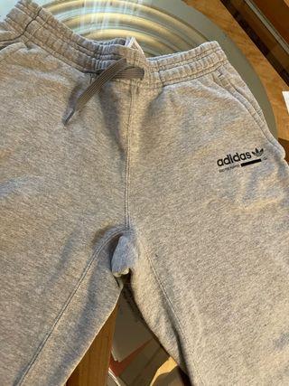 Pantalon chandal adidas gris T11-12