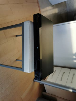 Reproductor CD DVD USB Pioneer.