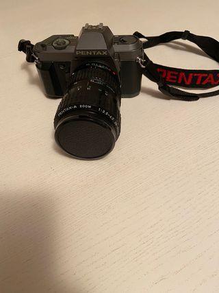 Camara Pentax P30T con 2objetivos y filtro Hama