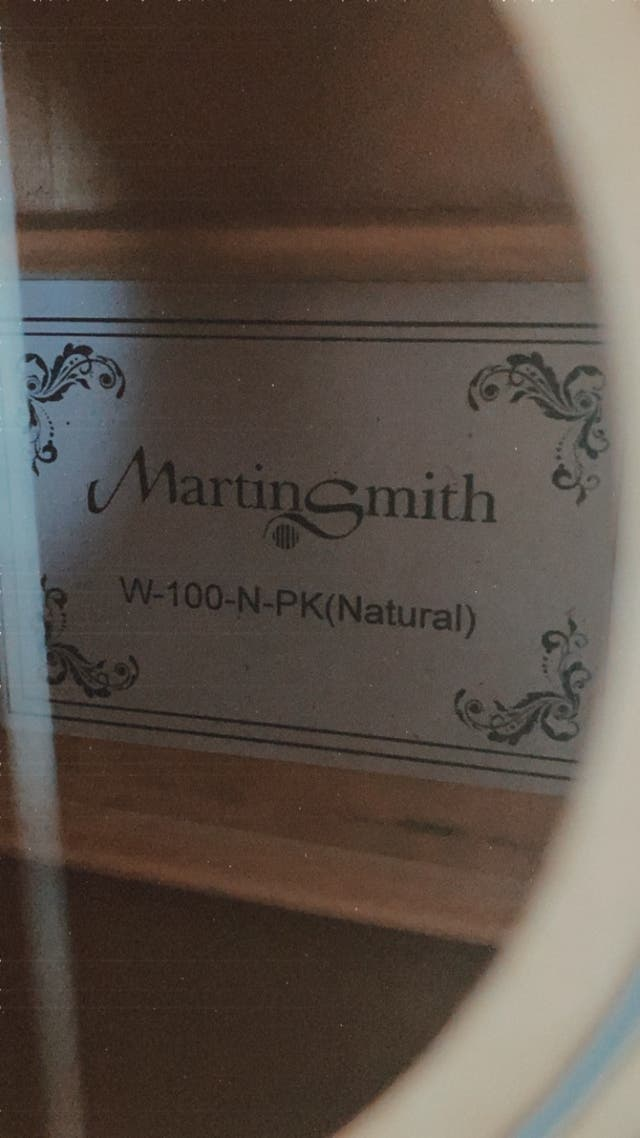 Guitarra acústica Martin Smith CASI NUEVA