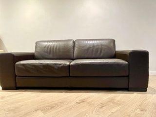 Sofá marrón de piel Natuzzi