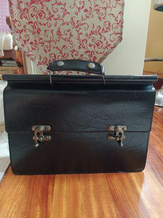 maletín de PIEL