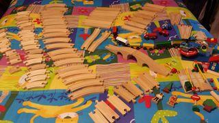 Juguete tren de madera para niñ@s + de 100 piezas