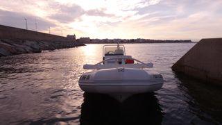 Zodiac Yachline 5m - barca semiriginada neumatica