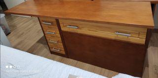 Mueble y escritorio
