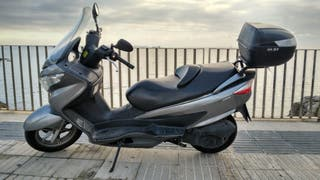 Suzuki Burgman 200cc