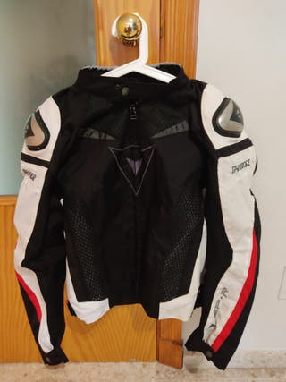 chaqueta de cordura para la moto dainese