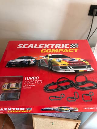 Scalextric compact turbo twister