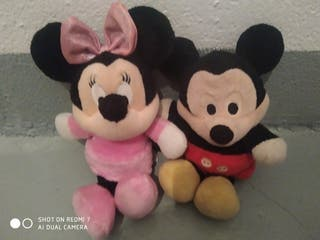 Peluche miky y minie mouse