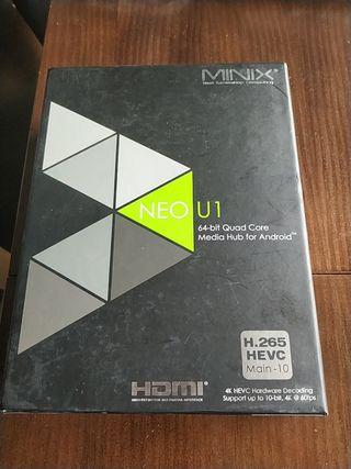 Minix U1 con dos mandos
