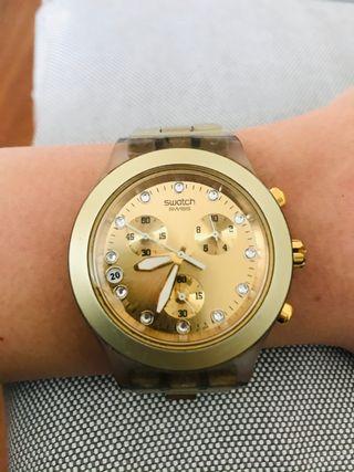 Reloj mujer Swatch dorado