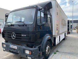 Mercedes-Benz BC 438 2001