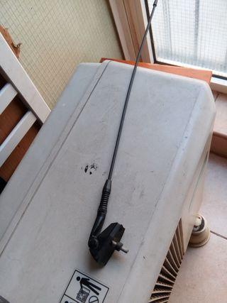 antena antigua de radio de coche universal .