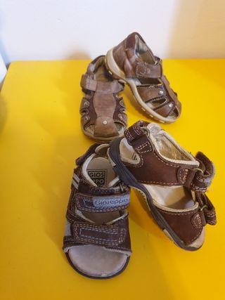 Sandalias de cuero talla 20