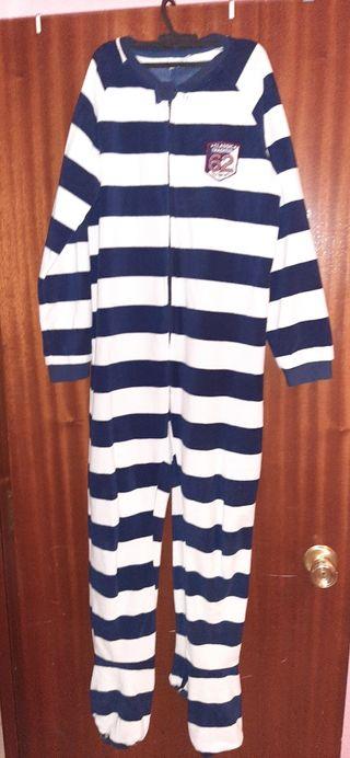 mono de pijama