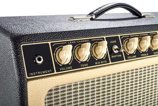 Botones amplificador, guitarra, bajo, tipo pollo