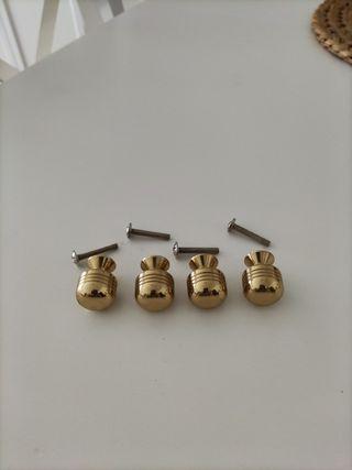 4 Pomos / Tiradores de metal dorados para muebles
