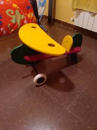 avion madera juguete