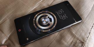 Teléfono móvil ZTE Nubia Lite Model NX591J